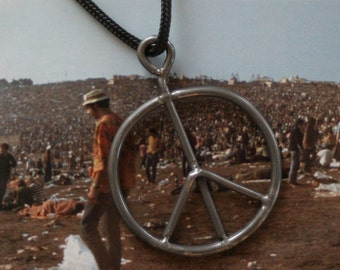 Vintage 1969 Woodstock Concert Festival Fence Peace Sign Necklace