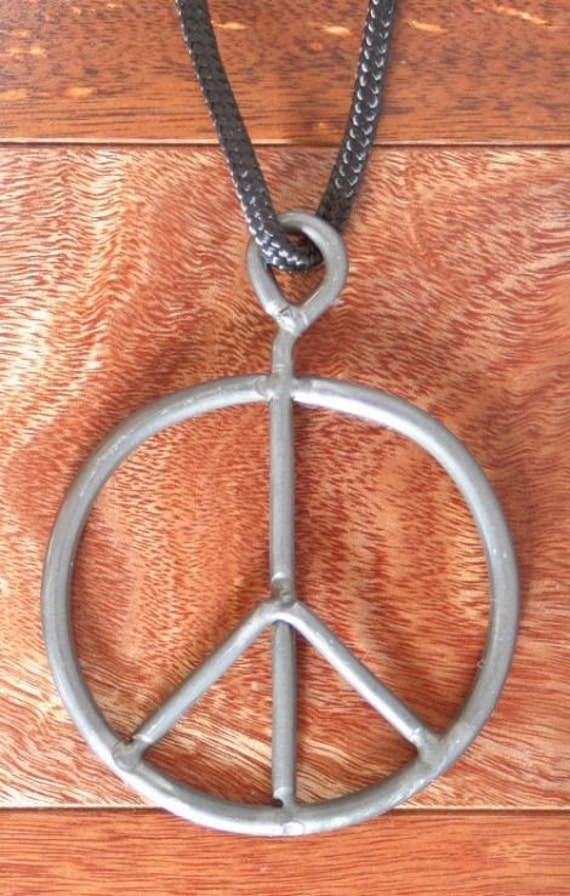 Original 1969 Woodstock Festival Concert Peace Sign, facts