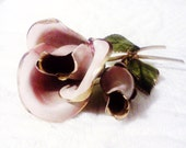 Vintage pink rose brooch