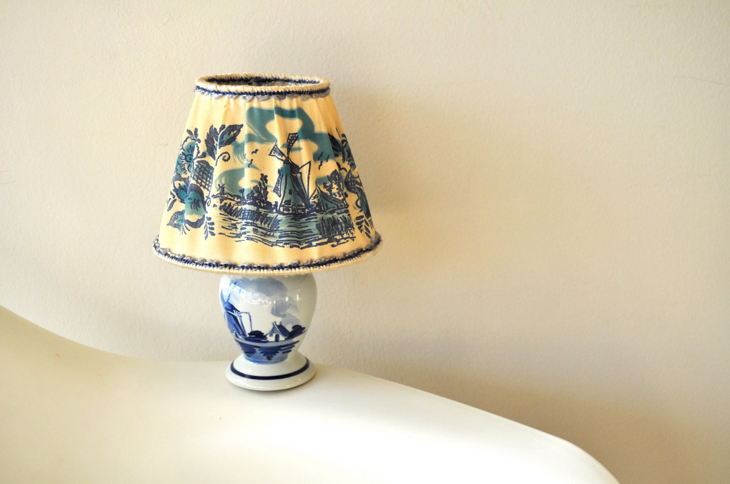 Vintage Delft Blue Small Table Lamp