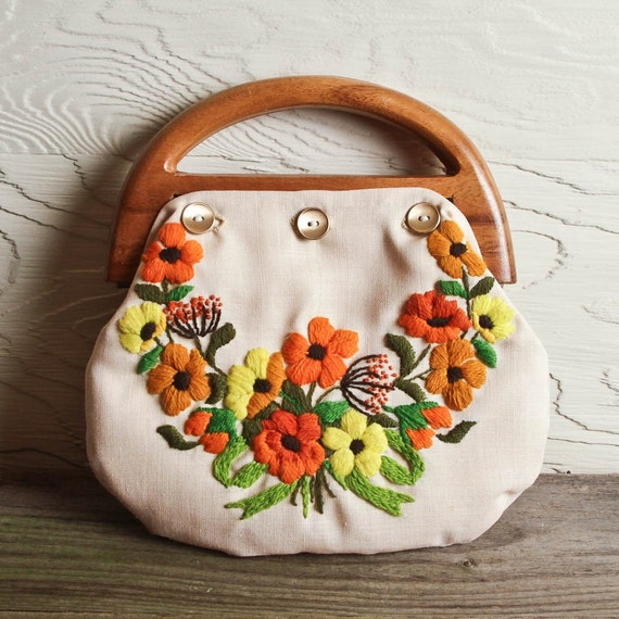 Vintage handmade flower embroidery purse with wood handles