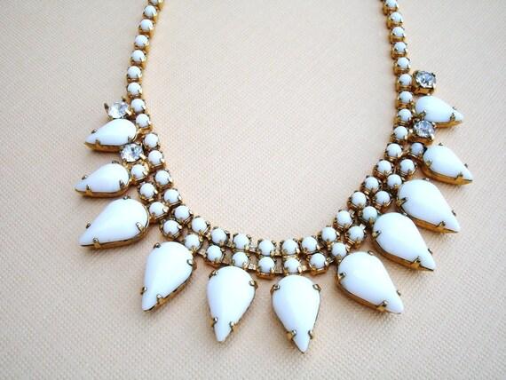 Vintage white milk glass necklace