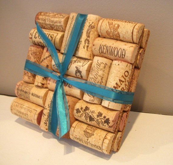 Things Made With Corks: Items Similar To Upcycled Wine Cork Trivets (set Of 2) On Etsy