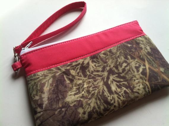 Camo Wristlet - Zipper pouch - Wristlet Wallet - Clutch - Clutch Purse - Bag - Removable Wristlet - Boutique