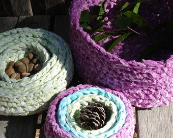 Petite Crocheted Decorative Nesting Bowl Set of 3- Multicolor