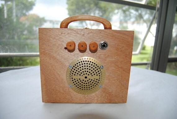 """Cigar Box Amplifier / MP3 Speaker """"La Traviata"""" Ready To Ship"""