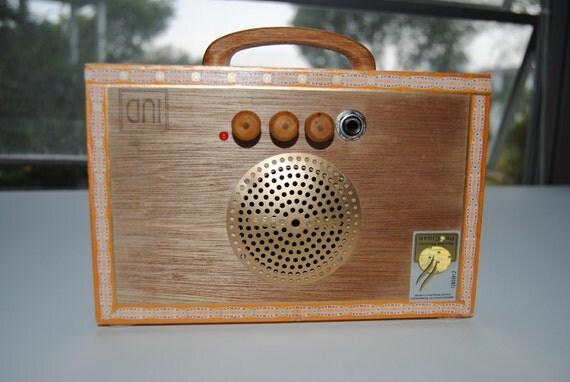 "Cigar Box Amplifier / MP3 Speaker ""Mr. H. Upmann"" Ready To Ship"