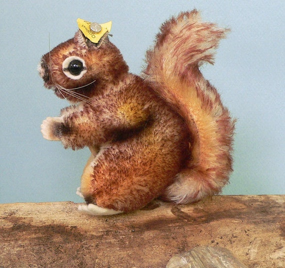 Vintage Steiff 'PERRI' Squirrel 1960s Mohair Toy Animal w/All IDs