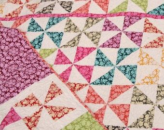 custom twin pinwheel quilt (50x75)