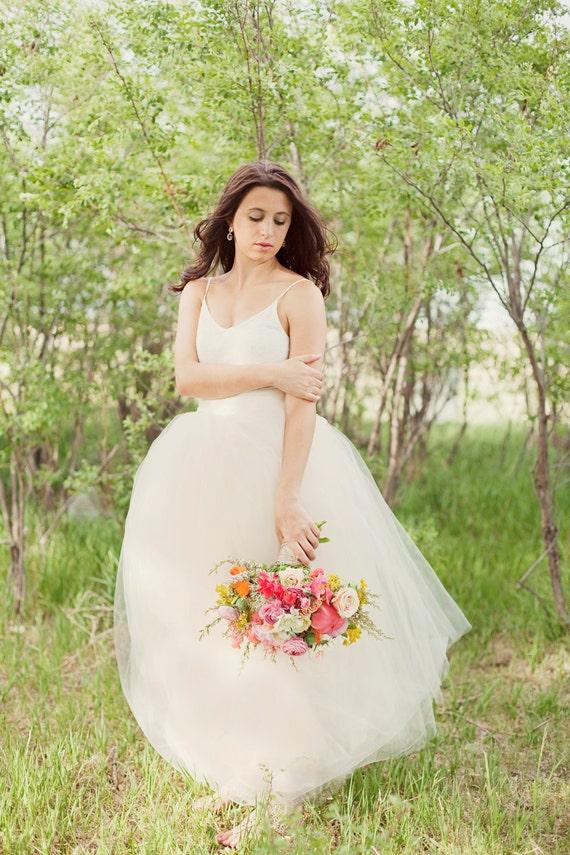item wedding skirttutu