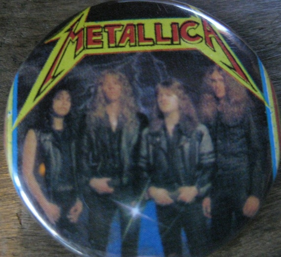 Vintage Metallica Master of Puppets Promo Concert Button Pin