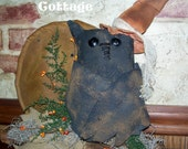 Grungy Primitive Owl with a Harvest Moon Wall Hanging