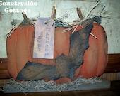 Primitive Folk Art Pumpkin Patch Shelf Sitter