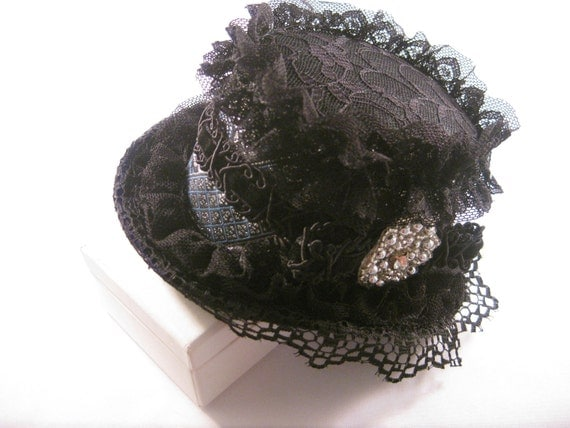 Black Mini Top Hat with Decorative Floral Trim and Beaded Center