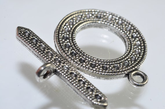 One Set 25mm Lead-Free SILVER PEWTER Ornate Round Toggle Clasps - K0558E