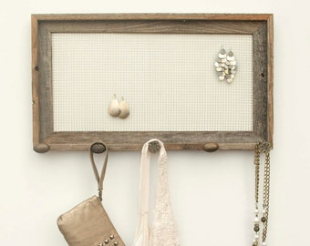 Barnwood Jewelry Holder with Brown Knobs - White - 10 x 20