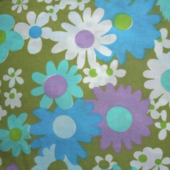 vintage fabric fat quarter (flower power in green blue purple white)