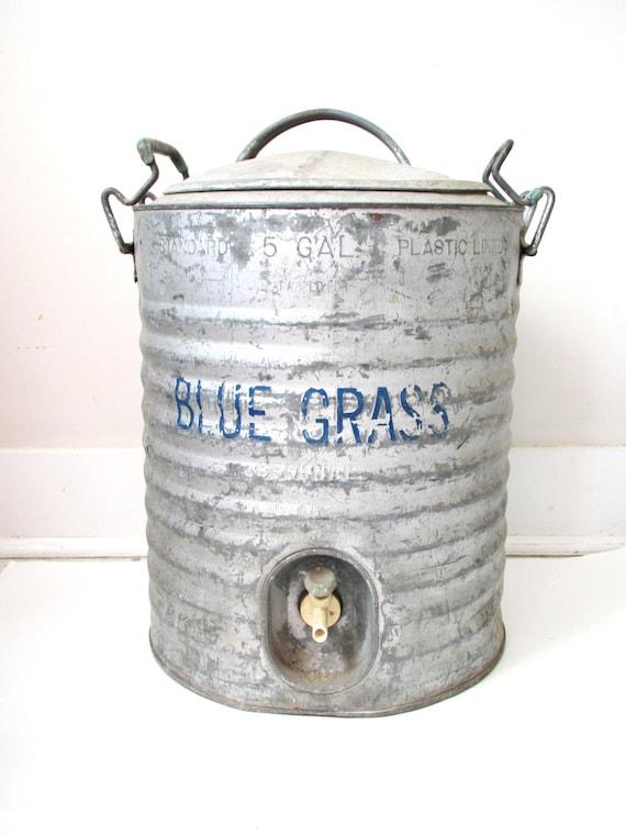 Vintage galvanized bucket blue grass 5 gallon water cooler for Galvanized well bucket