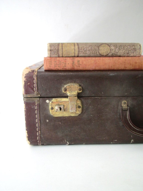 Vintage suitcase luggage brown photo prop storage home decor - Vintage suitcase ...