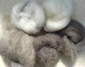 Natural bag: natural coloured wool fibres