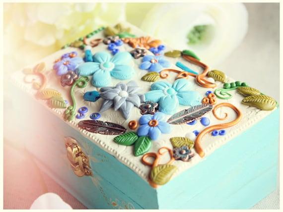 Polymer clay jewelry box - My beautiful Spring gardens