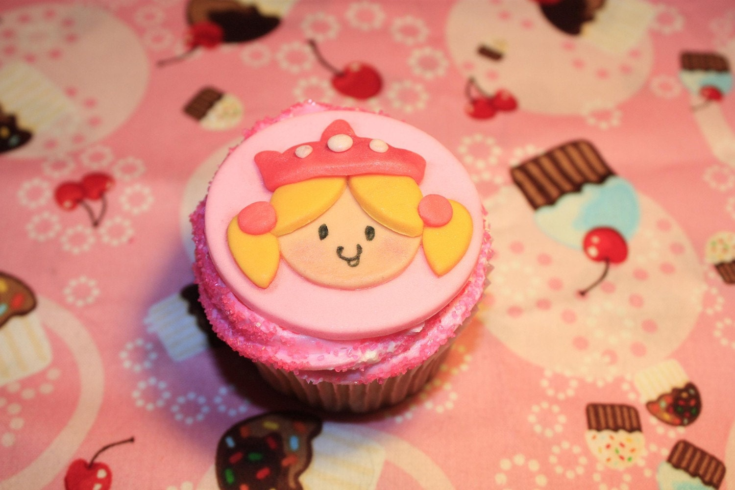 Items similar to Fondant Cupcake Toppers Princess on Etsy