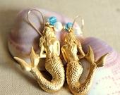 Vintage style Mermaid earrings - Gold field hooks & real freshwater pearls