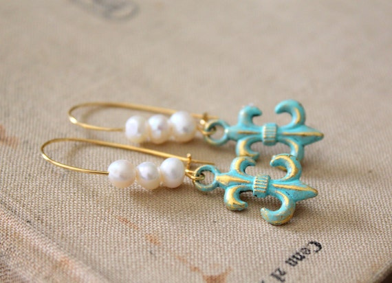 Dangle earrings gold and  white pearls  fleur de lis with real fresh water pearls shabby chic vintage style -Memories from Florence