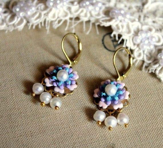 Petite Perlla -vintage enamel flowers , Swarovski , freshwater pearls.