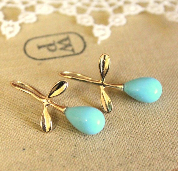 Tiffany Pearls and gold earrings - real gold field earrings with Majorica perfect Turquoise pearls