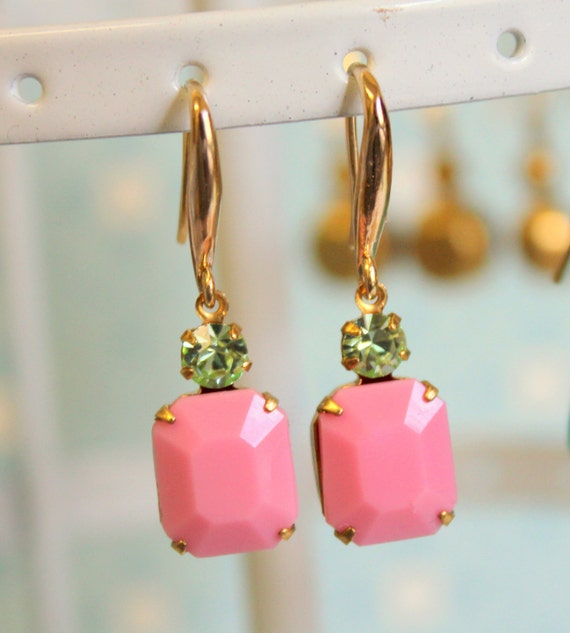 Shabby chic vintage pink and green earrings  -  gold field  vintage Vintage glass faceted with swarovski
