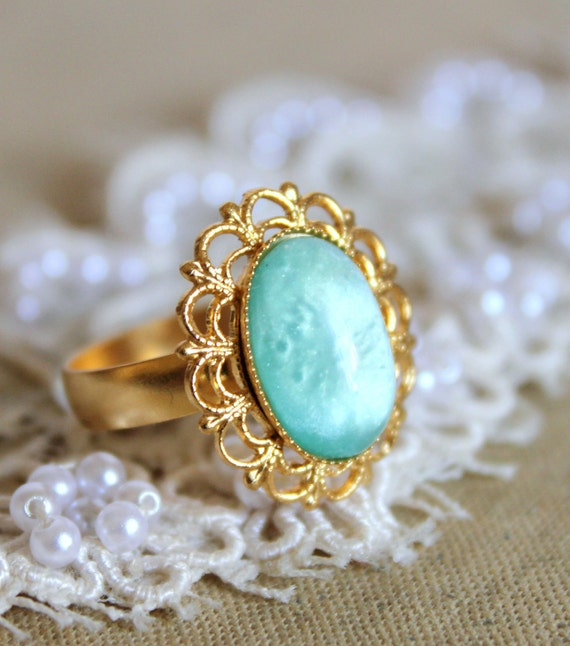 Minti seafoam lace ring -  stunning elegant 22 k plated gold