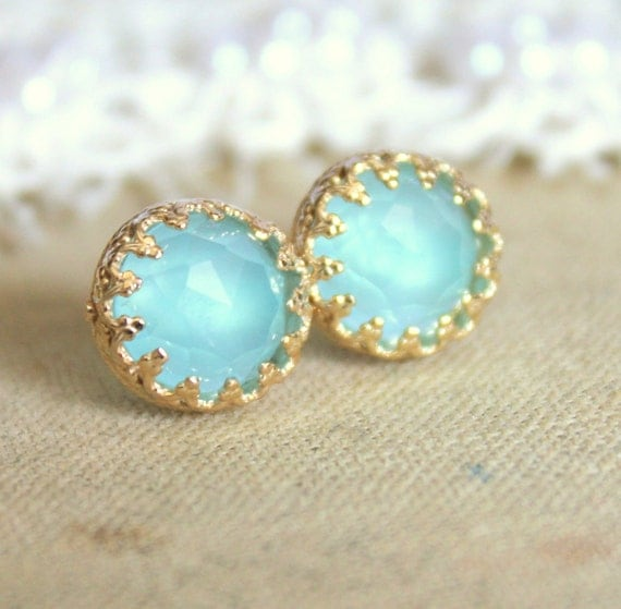 Elizabeth blue sea foam aqua marine petite  royal  -  Aquamarine gem stone  Earrings vintage and Elegant style