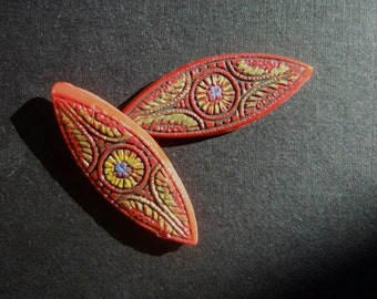 BWB (4) Pretty Victorian etched Exquisite Detail Navette Stones Handpainted Red or TURQ 27x10mm