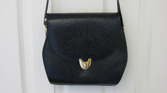 Vintage Black Classic Faux Leather Purse with Adjustable Strap