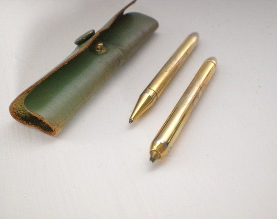 Vintage Pen and Pencil Set Leather Case Small Goldtone