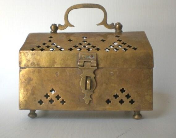 Vintage Brass Cricket Trinket Box Jewelry Potpourri India