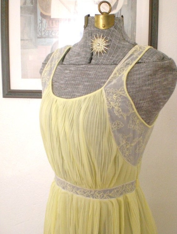 Vintage Grecian Nightgown Rogers Run Proof Yellow