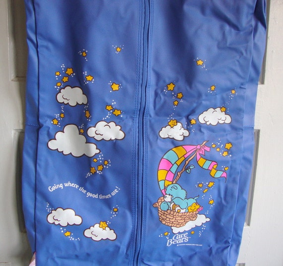Vintage Care Bears Garment Bag 80s Childrens Collectible Carry On Luggage Baby Blue Rainbow American Greetings
