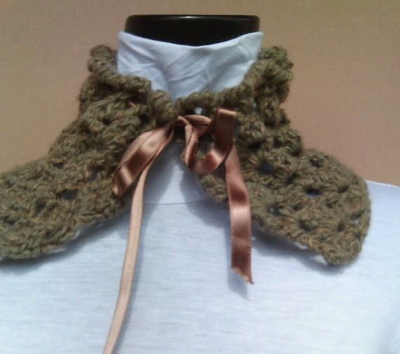 Crocheted Neck Warmer COLLODI-OOAK