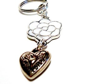 Keychain - Bridesmaid Gift - Heart and Flower - White and Silver - Wedding Gift - Valentine KC-5