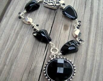 Black Bracelet - Silver Jewelry - Charm Jewellery - Box Clasp - Unique - Gift B-23