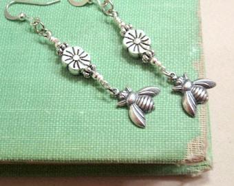 Silver Earrings - Flower Jewelry - Bee Jewellery - Fashion - Nature - Summer - Style