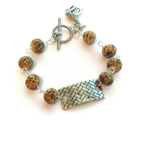 Giraffe Charm Bracelet: Tan Bracelet Silver Jewelry Giraffe Charm Unique By Cdjali