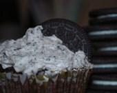 Vegan Cookies & Cream Cupcakes 12