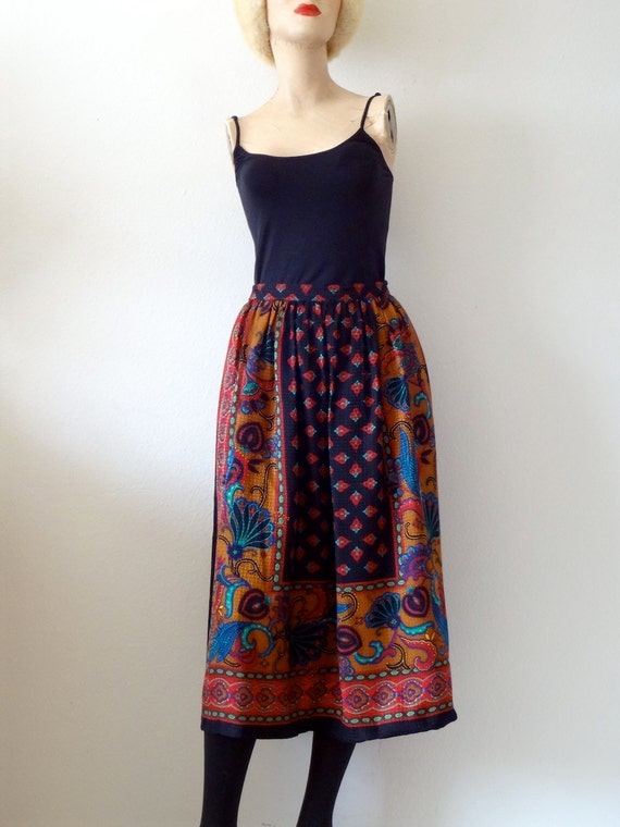 1980s Silk Skirt / Boho Peasant Paisley Print A-Line Skirt / Vintage Fashion
