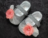 Natalie Baby Girl Shoes/Booties/Slippers, Infant, Toddlers and Pre School. Handmade by pink2blue.