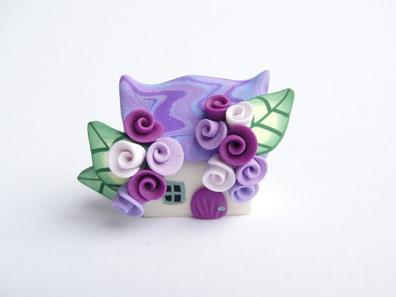 Little fairy cottage home miniature in lilac and purple polymer clay handmade wedding favour, cake topper...
