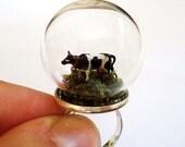 Grazing Cow Ring Miniature Grass Animal Snow Globe Pyrex Farm Moss Organic