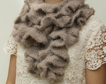 CROCHET PATTERN instant download - Stormy Chocolate Scarf - ruffled brown neck warmer tutorial PDF